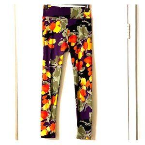 LuLaRoe OS Leggings - purple with flowers